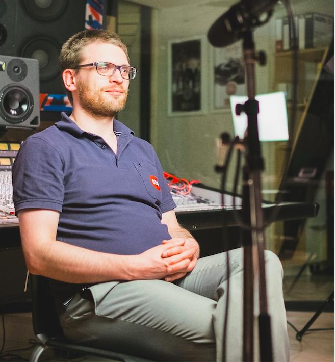 Jonas Zadow im Filmstudio